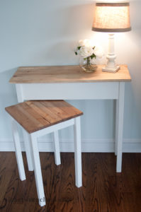 Go Anywhere Accent Table | inbetweenchaos.com