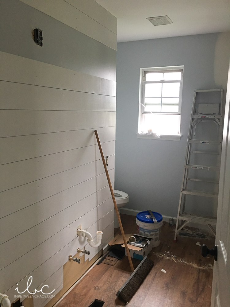 Skinny House Update | a budget friendly reno | inbetweenchaos.com