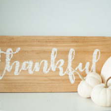 Easy Painted Wooden Sign – Thankful